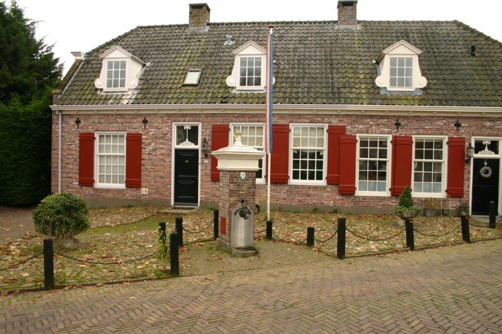 Kerken buurt Dorpspomp Soest